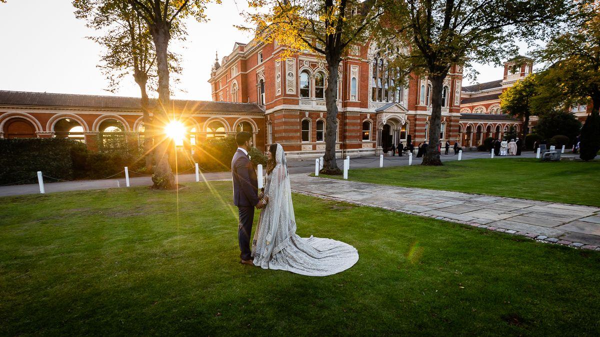 London Wedding Photographer - Dulwich College https://buff.ly/2SXJXUc #dulwichcollegewedding #londonbride #londonweddingphotographer #londonweddings #nogripandgrinspic.twitter.com/AE4K1hruRS