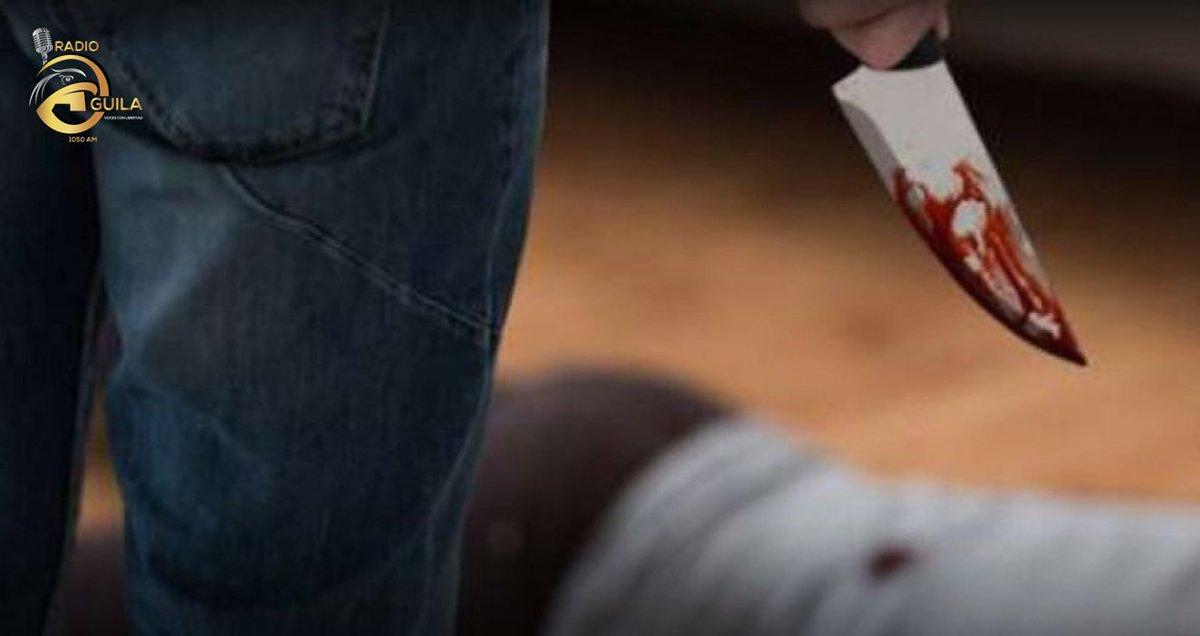 Este 14 de febrero en el cantón de Daule, una mujer llamada Johanna T. obtuvo 20 apuñaladas por su expareja en la casa, frente a su hijo mejor. La mujer se encuentra grave en el hospital donde sigue con pronóstico reservado.  #1050Am #RadioAguila #AguilaNoticiaspic.twitter.com/6XaF1Bdruy