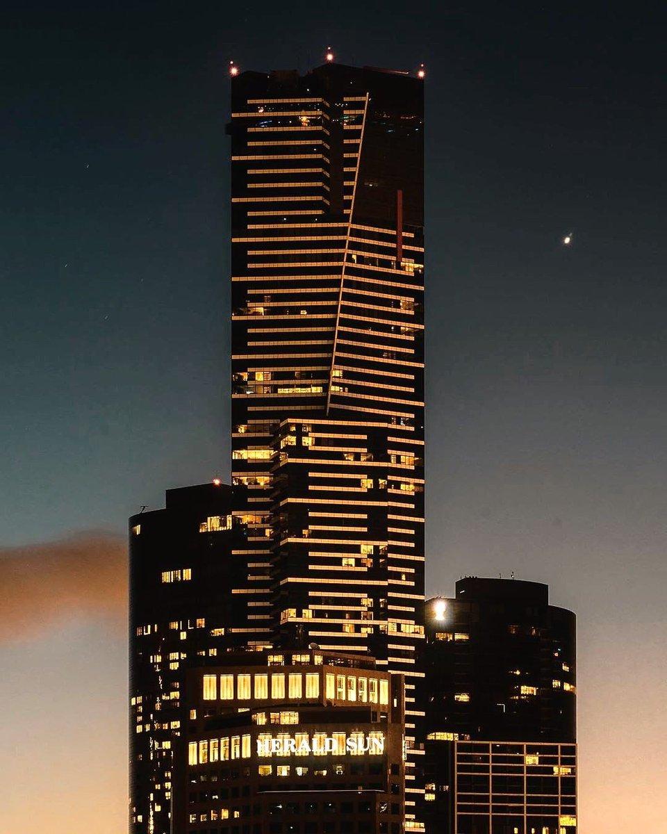 test Twitter Media - The Eureka Tower standing beautiful and tall come nightfall 🌙 The @Eureka_Skydeck is the Southern Hemisphere's highest viewing platform and just as pretty to look at as it is to look from (via IG/as_05296). https://t.co/rm3y7HWNU2