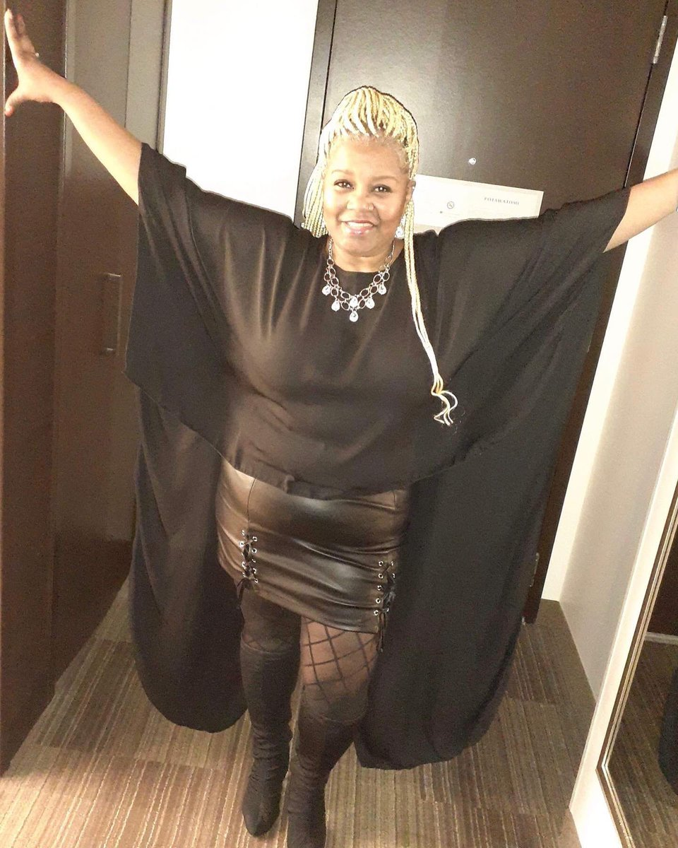 "Customer Spotlight   This CC Doll is rocking out in her ""BIKER THICK"" Skirt.  Shop now  Curvedcultureco.com- - - - - - - - - #miniskirts #plussizefashion #plussizeboutique #shopnow #shopthislook #trends #bigfine #customersatisfaction #bbwfashionpic.twitter.com/kavZuThXOB"