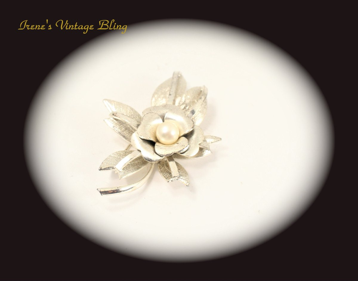 Excited to share the latest addition to my #etsy shop: Vintage Jewelry Brooch Flower Silver Tone Pearl Brooch - Unique Brooch Item CB 100247  #weddings #jewelry #brooch #silver #no #white #jewelrygift #statementjewelry #uniquejewelry