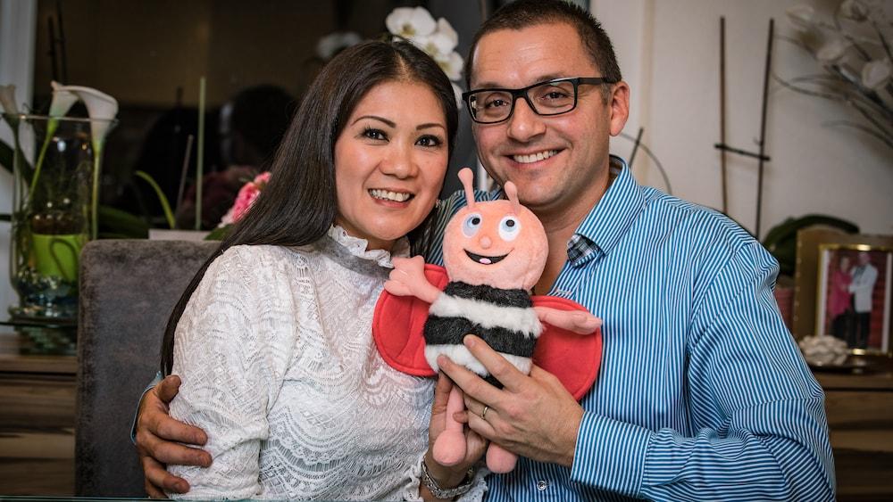 Reto (45) und Marissa (46) Gantenbein fanden vor 20 Jahren dank der BLICK-Singlebörse zusammen: «Es war Liebe auf den ersten BLICK» http://dlvr.it/RQDSwdpic.twitter.com/yDLfoODtft