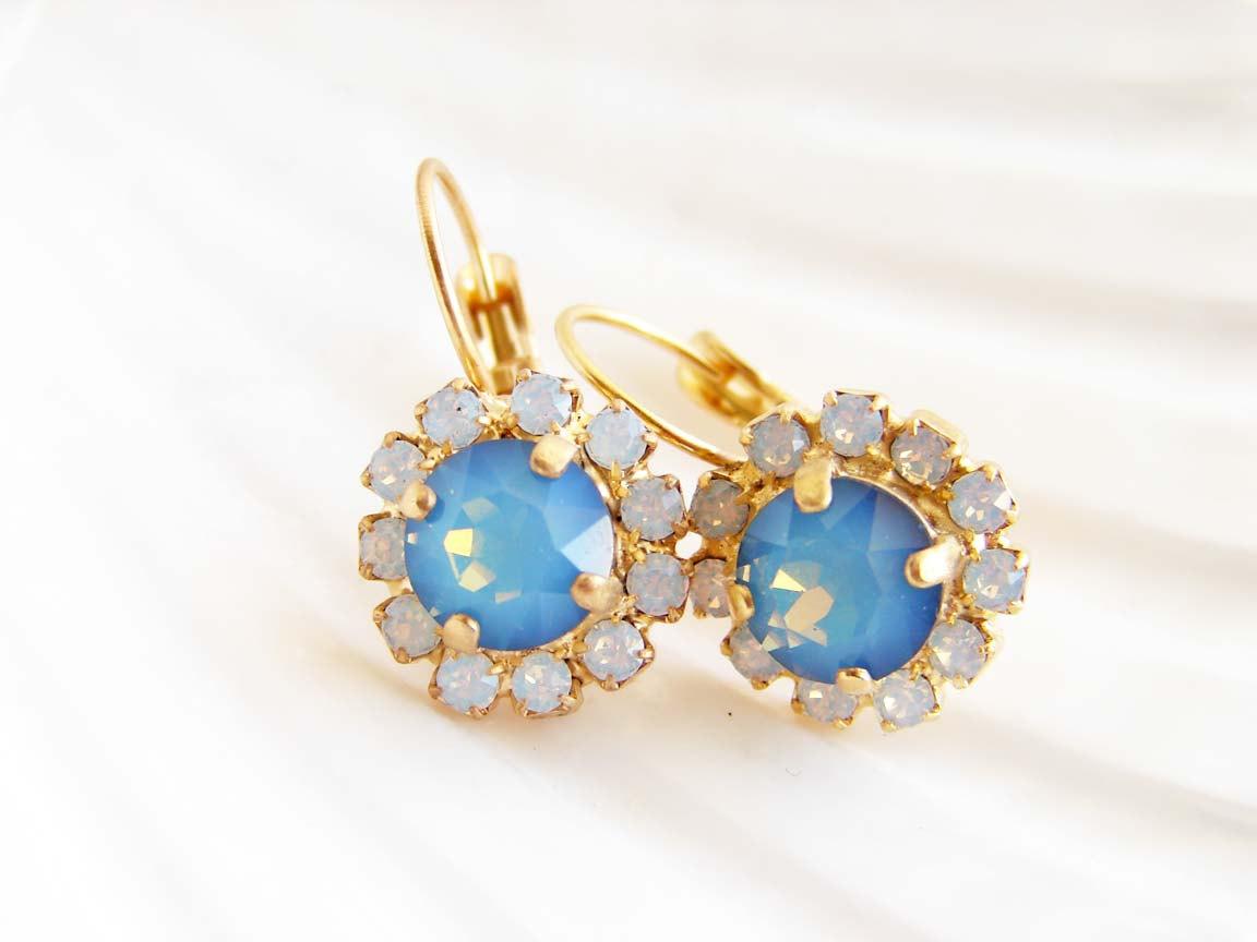 Blue Opal Flower. Swarovski White Opal Star Shine and White Opal Earrings. Mermaid Treasure. Gift for Her. Bridesmaid Gift. Beach Wedding http://tuppu.net/862c8ecf #Jewelry #OpalRing #GiftforHer #DaintyJewelry #GiftIdea #HandmadeinUS #WeddingJewelry pic.twitter.com/1ODAMGzOge