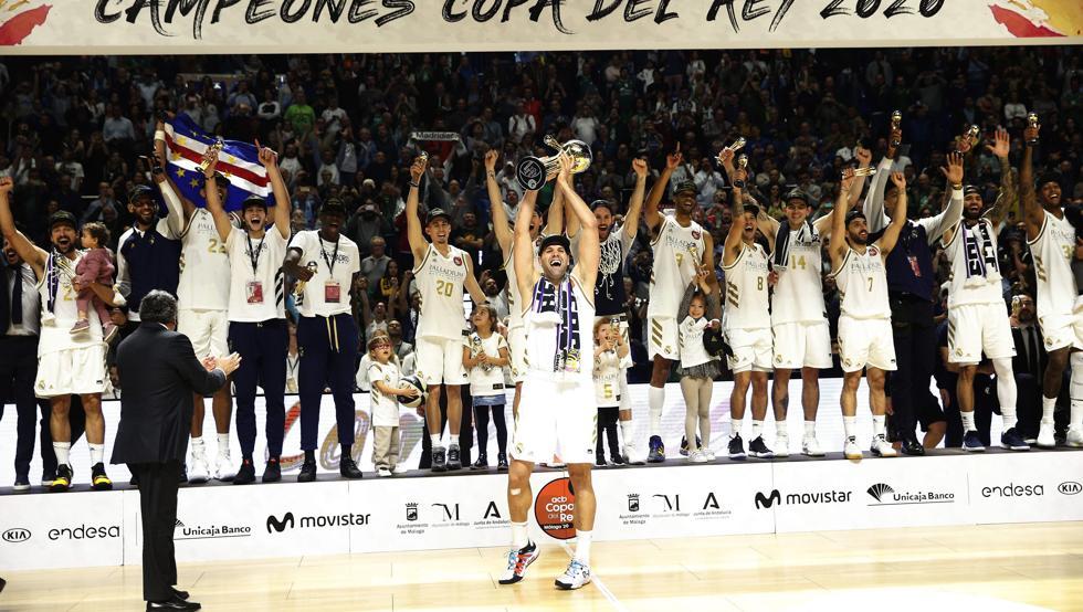 @facucampazzo un placer verte jugar en directo en #Malaga #CopaACB @ACBCOM @RMBaloncesto Felicidades por el título justos vencedores
