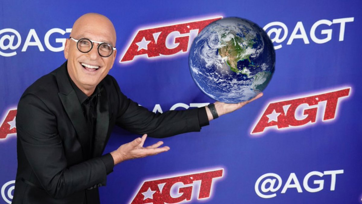 @howiemandel he's got the whole world in his hands lol