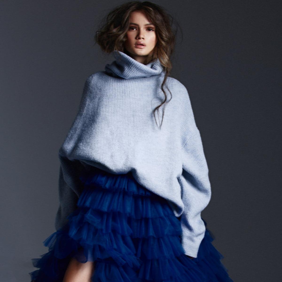 Photo by member @anastasia_whale.ph  #fashionphoto #editorialfashion #editorialphoto #sweaterstyle #stylephoto #modelshot #modellook #bluedress #beautyshot #fashionphotographer #editorialphotographer #cozystylepic.twitter.com/970oyzx0IE