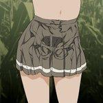 スカートのしわを書くのは難しい!身体のラインを意識すると良いかもしれません・・・?