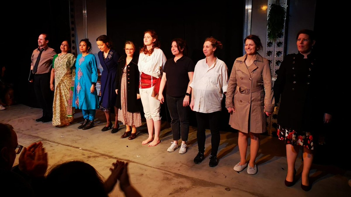 """Great evening @PleasanceFuture @ThePleasance with @GlassSplintersT for the #scratchnight """"Well Behaved Women Seldom Make History""""!  Here's one of many curtain calls 🤩"""