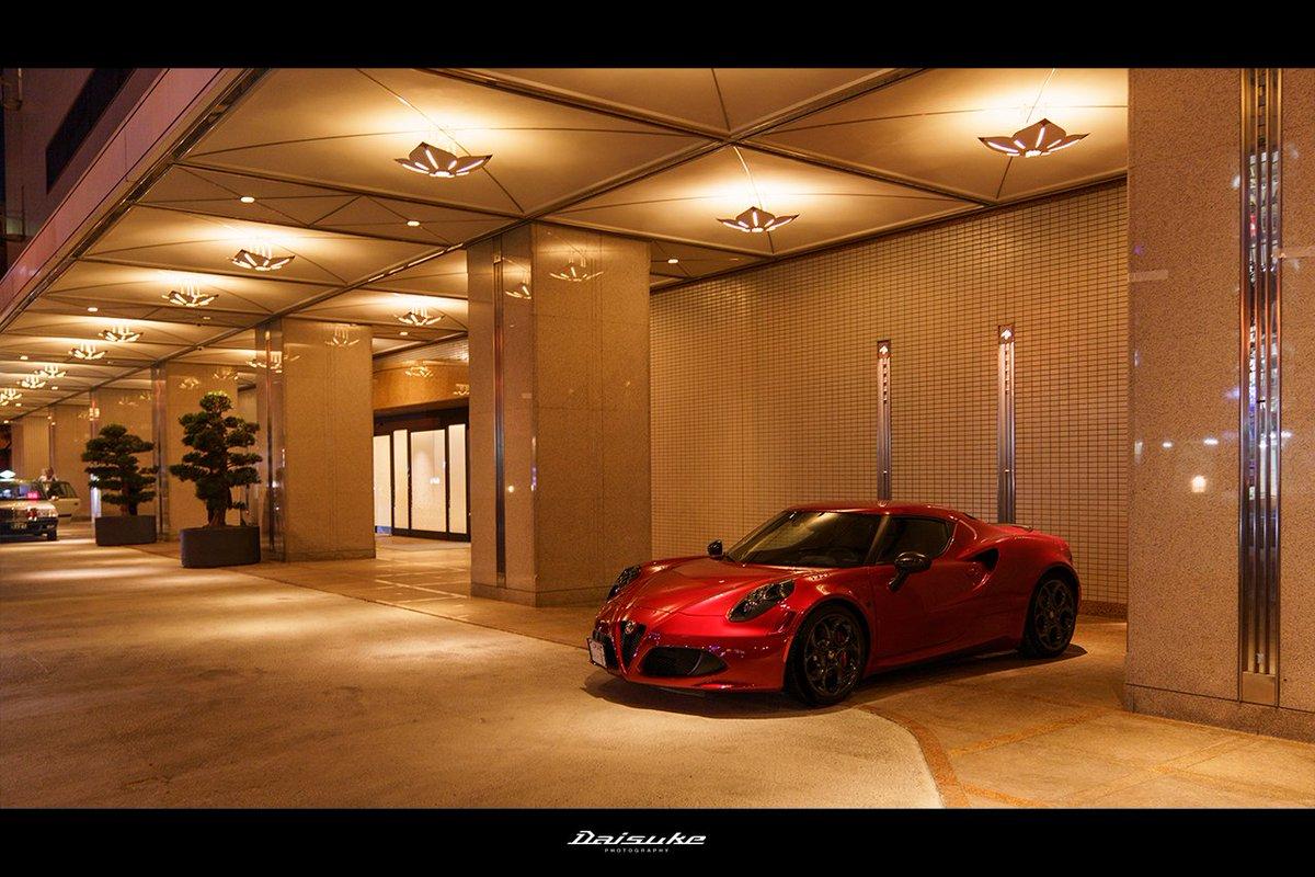 ドアマンがこちらへ停めてくださいと ロビーに案内してくれました✨  安心して停めれていられ ゆっくりとディナーを楽しませて頂きました。  ありがとうございました😊  #4C #アルファロメオ  #HiltonNagoya #ヒルトン名古屋