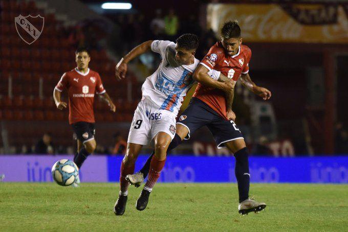 #آرسنال و #إندبنديينتي حبايبفريق آرسنال ساراندي يسقط في فخ التعادل أمام مضيفه إندبنديينتي (1-1)، ضمن منافسات الجولة 20 من #الدوري_الأرجنتيني، قبل 3 مباريات من نهاية المسابقة