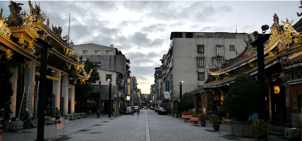 Ateliers participatifs, Unlimited Cities Baoan #urbanisme #collaboratif #ville #taiwan #communauté #unlimitedcities #participation #citoyen @7BillionUrbanists @unhabitatworldurbancampaign @UNHABITAT http://urbantaiouan.com/2020/02/18/dessiner-les-abords-nocturnes-de-temples-majeurs-unlimited-cities-baoan/…pic.twitter.com/0eRFlphQ7P