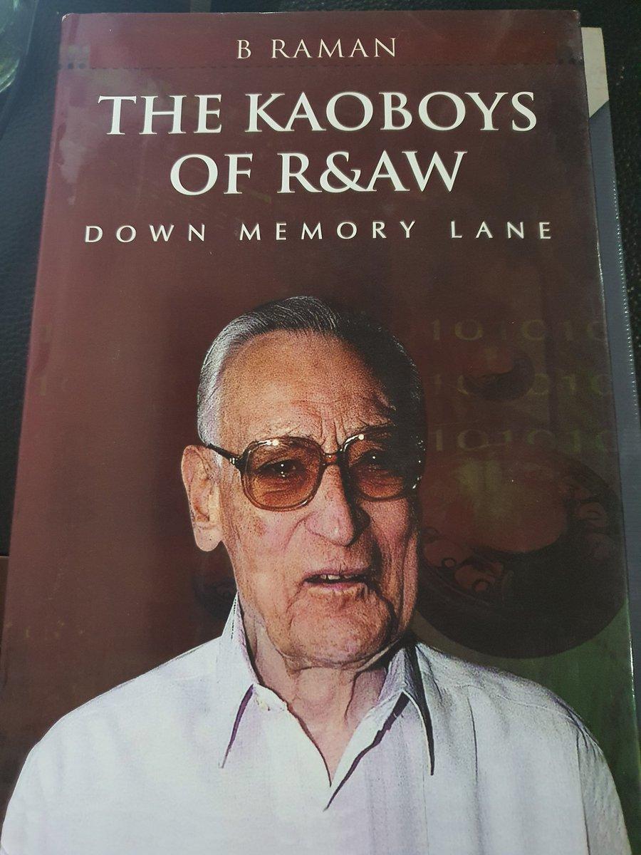 I always read a book imagining #MorganFreeman in my head ......try it  @LevinaNeythiri  @arifmohmmadk  @Frontalfire  @IntrepidSaffron  @MAJORshailendra  @MajorPoonia  @AQUIBMIR7  @DrGarekar  @Being_Vinitapic.twitter.com/wooaVXei3y