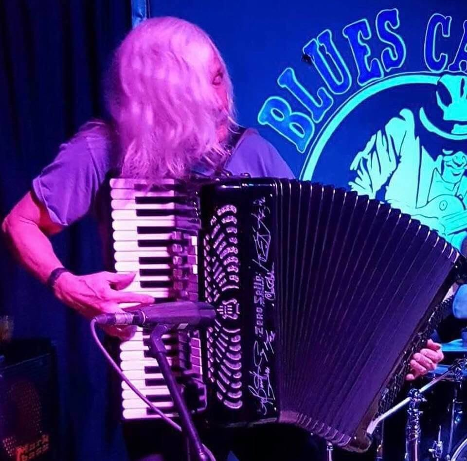 Next up playing @ the #Austrian #Canadian #Club #Friday Feb 21 Open to the #public. Phone 403-250-9126 for #reservations. #Saturday Feb 22 @ IL Forno in #Airdrie. Phone 403-945-4444 for reservations  #accordion #blues #swing #tango #polka #waltz #worldmusic #beer #wine #YYCpic.twitter.com/QKloXTI5fW