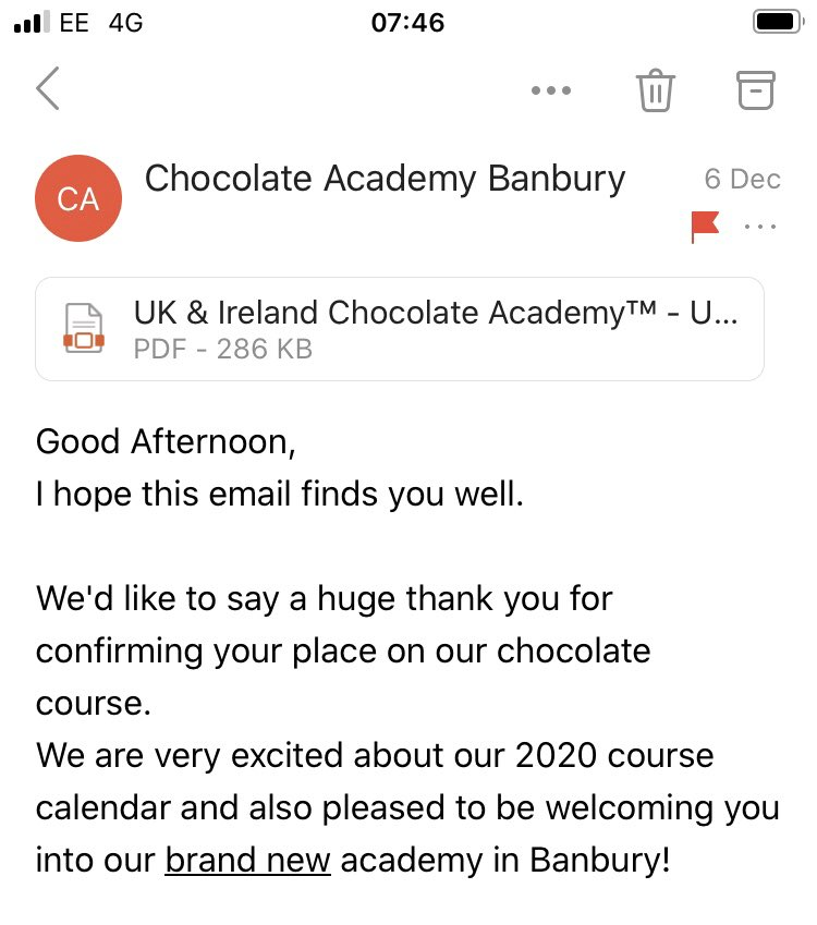 Looking forward to this in a couple of weeks time #learning #newchocs #newtechniques pic.twitter.com/P5y0XM5CAJ
