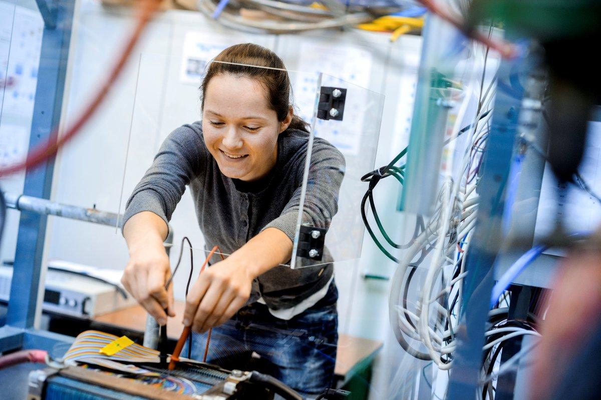 Jetzt noch für das Sommersemester bewerben: #fahrzeugtechnik #elektrotechnik #pflegewissenschaft #ergotherpie #logopädie #physiotherapie https://www.hs-osnabrueck.de/de/studium/rund-ums-studium/bewerbung/…pic.twitter.com/dbtbqJIJ8K