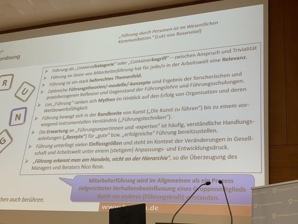 """#wieläuftesbeiderBA  Prof. Dr. Mudra, von der Hochschule in #Ludwigshafen, hat in seinem Vortrag zum Thema """"Führung in der Pflege"""" gerade ein tolles Zitat gebracht:   """"Führung erkennt man am Handeln, nicht an der Hierarchie""""pic.twitter.com/j5LIIHUIMm"""