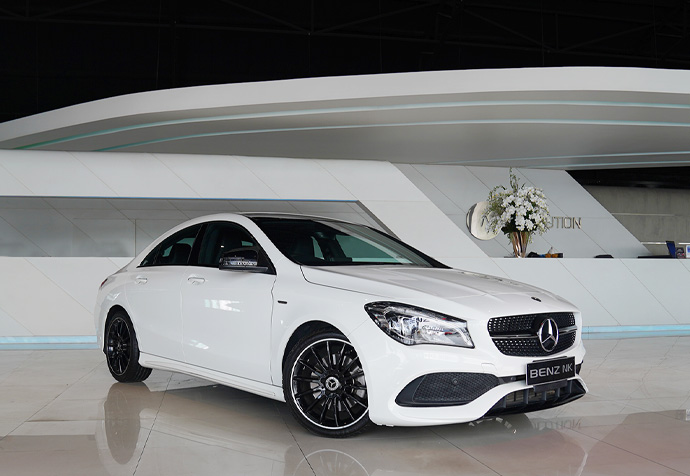 Benz:  CLA250 AMG Facelift Night Edition  Year:  2018 / 31,xxx km. More pic: http://bit.ly/2HvpuBp Call now: 087-643-7777 #BENZNK #เบนซ์มือสอง #benzclaclass #cla250 #cla250amg #cla250faceliftpic.twitter.com/8PQtl5ae1s