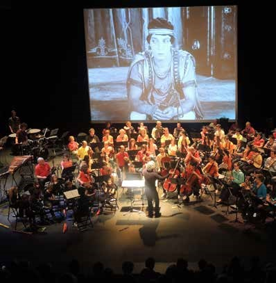 """Formation """"musiques et cinéma"""" le 3 mars 2020 à Rodez - https://mailchi.mp/1a33dc41b8b9/formation-musiques-et-cinma-le-3-mars-2020-rodez-1284353…pic.twitter.com/uT5c72ntt3"""