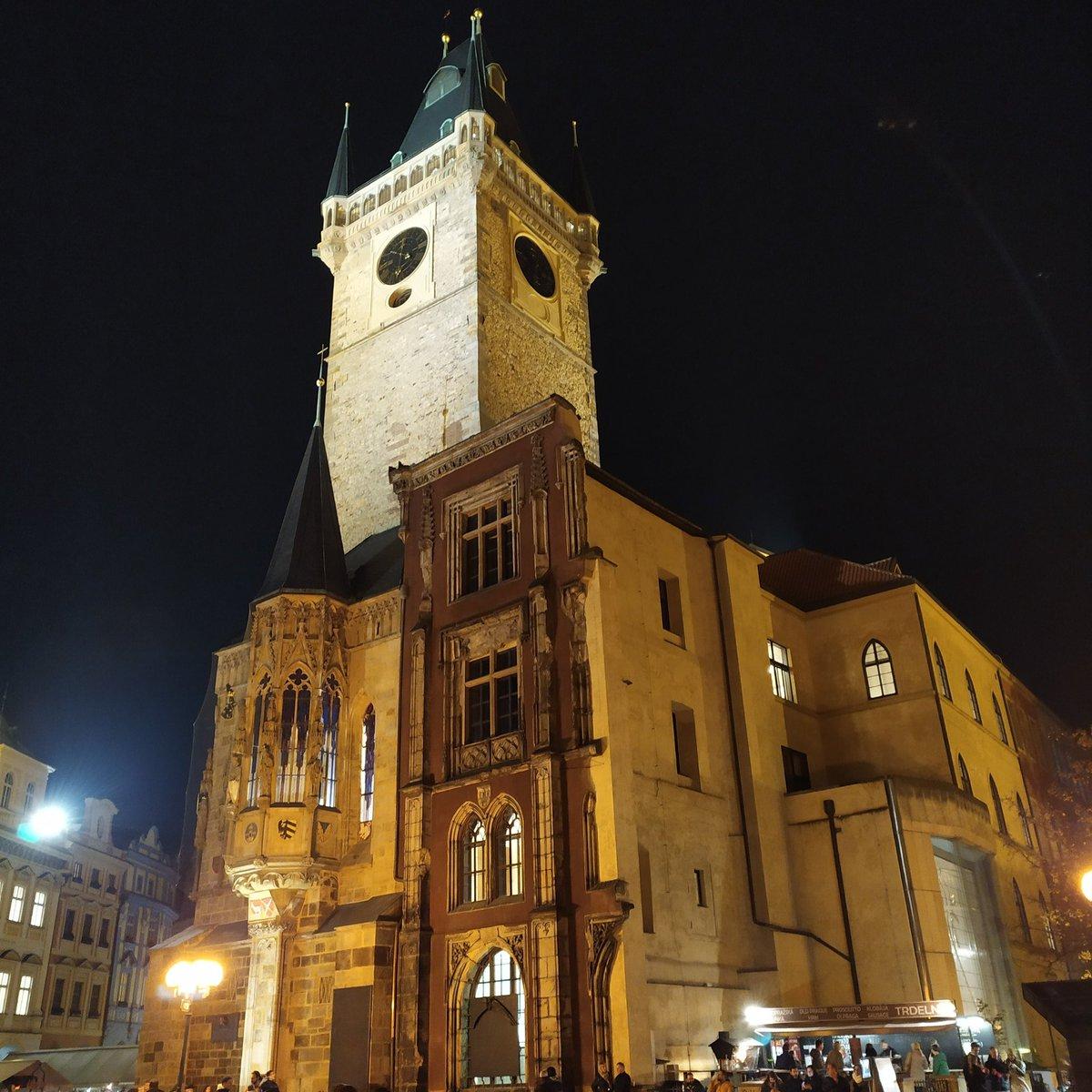Old Town Hall in #Prague http://bit.ly/praguetour #Bachelor #single #women #travelblogger #TravelTuesday #TuesdayThoughts #tuesdayMotivation #TuesdayMorning #tuesdayvibes #WednesdayWisdom #WednesdayMotivation #ThursdayThoughts #FridayFeeling #FridayMotivation