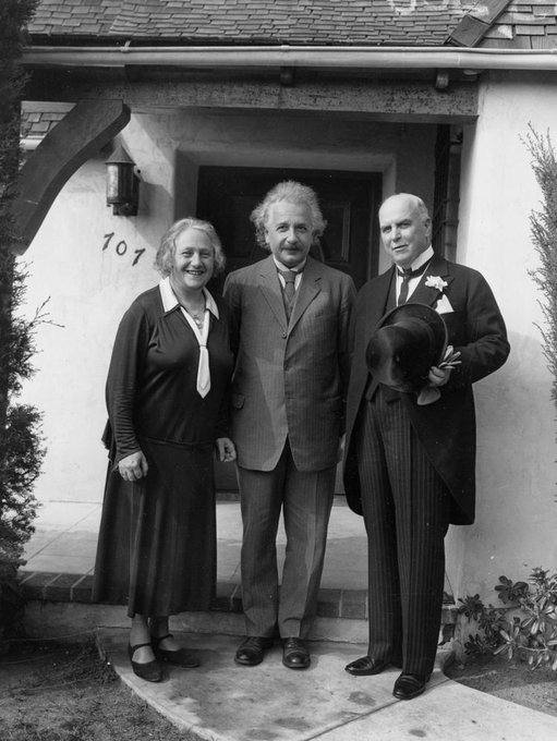From the left:  Elsa Einstein, Albert Einstein, and California Governor James Rolph in Pasadena, California on this date February 19 in 1931. Photo by AP. #OTDpic.twitter.com/bmv093VJxq