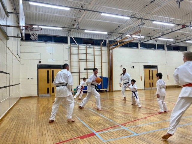 Fun times, basketball warm up at our Hagley Club! #karate #karateshotokan #martialarts #MMA #learning #training #fitness #karatelife #karateislife #karatetraining #traininghard #greatcoaching #skillsforlife #confidencebuilding #advancedtraining #87RT #brumisbrill #ATSocialMedia