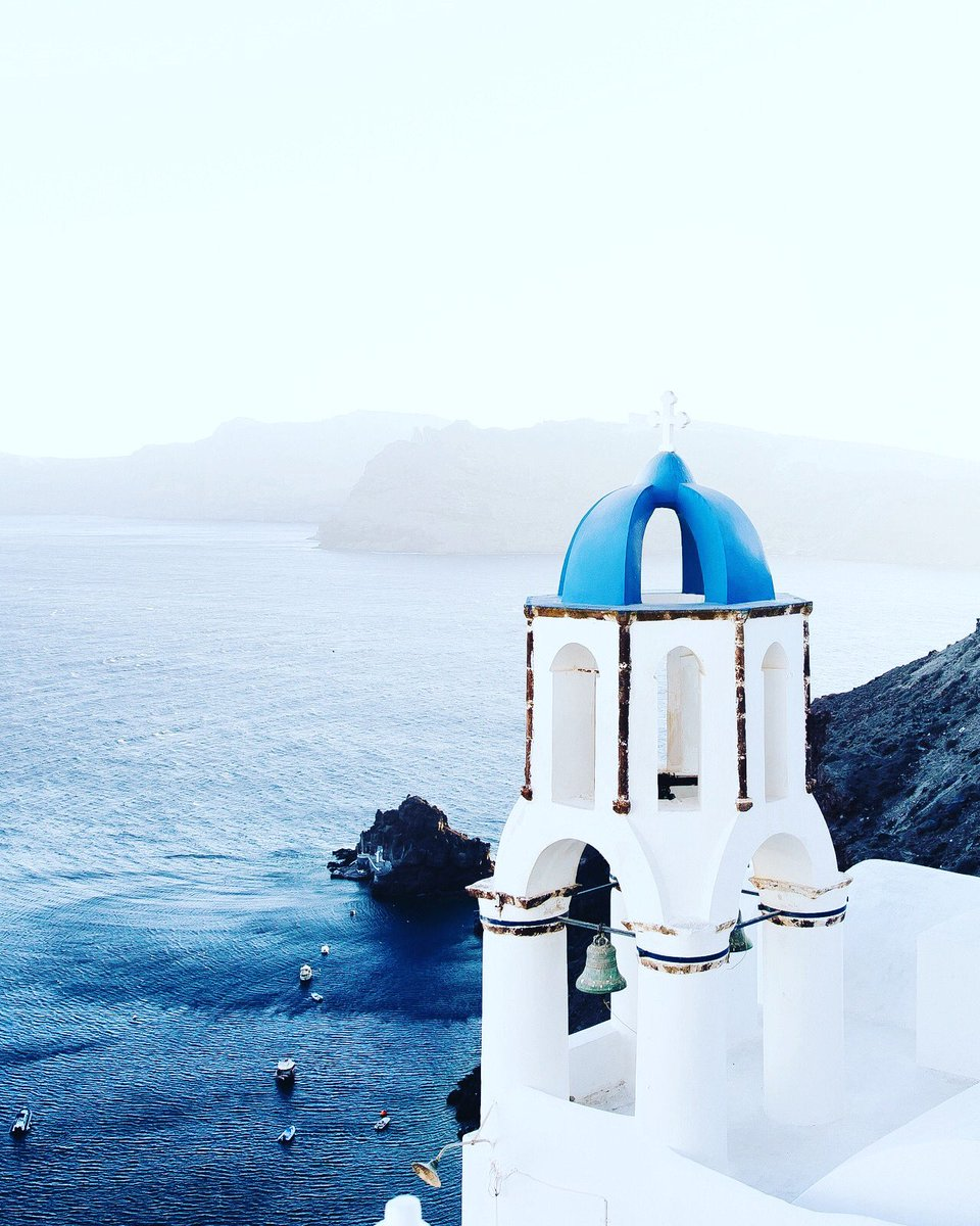 https://instagram.com/p/B8tdQVzjpeG/ #makemoments #passionpassport #travelwithfathom #beautifulmatters #lonelyplanet #seeyourcity #traveldeeper #culturetrip #prettylittletrips #travelstyle #citybestpics  #theprettycities  #greece #blueskies #mytinyatlas #suitcasetravels #postcardplacespic.twitter.com/JjUEYdt13i
