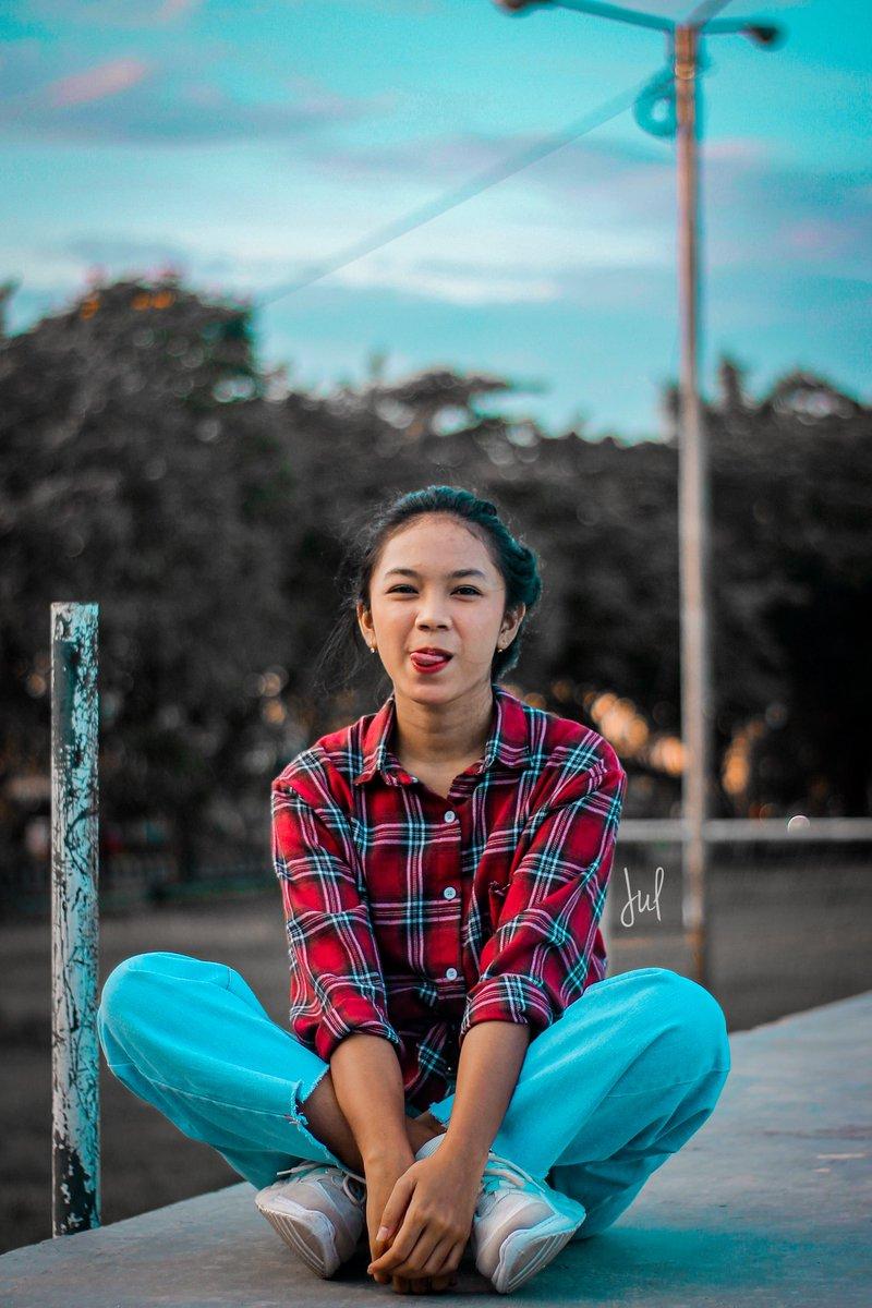Classic?  #art #photography #photoediting #hobifoto #cinematography #hobby  #eynesia #womenmagz #womanlook #womensfashion #womenstyle #womanportrait #portraitpage #womeninlens #womenact #womenactivity #ladiesmagz #wicidaphotography pic.twitter.com/ycYrCGZqD0pic.twitter.com/kjQJ2eihYY