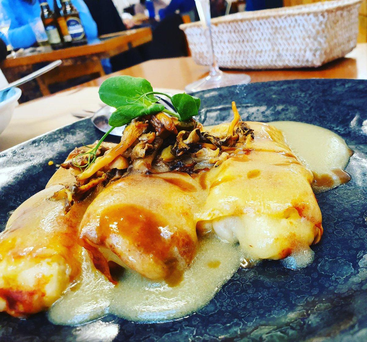 #canelones de #bacalao y #pilpil de @restaurantelacarpinteria en #bouzas #vigo #vigosecome #dondecomer #comerenvigo #vigocity #riasbaixas #gastroigers #gastronomia #gastrosensaciones #galicia #vigomola #galiciamola #restaurantes #foodies