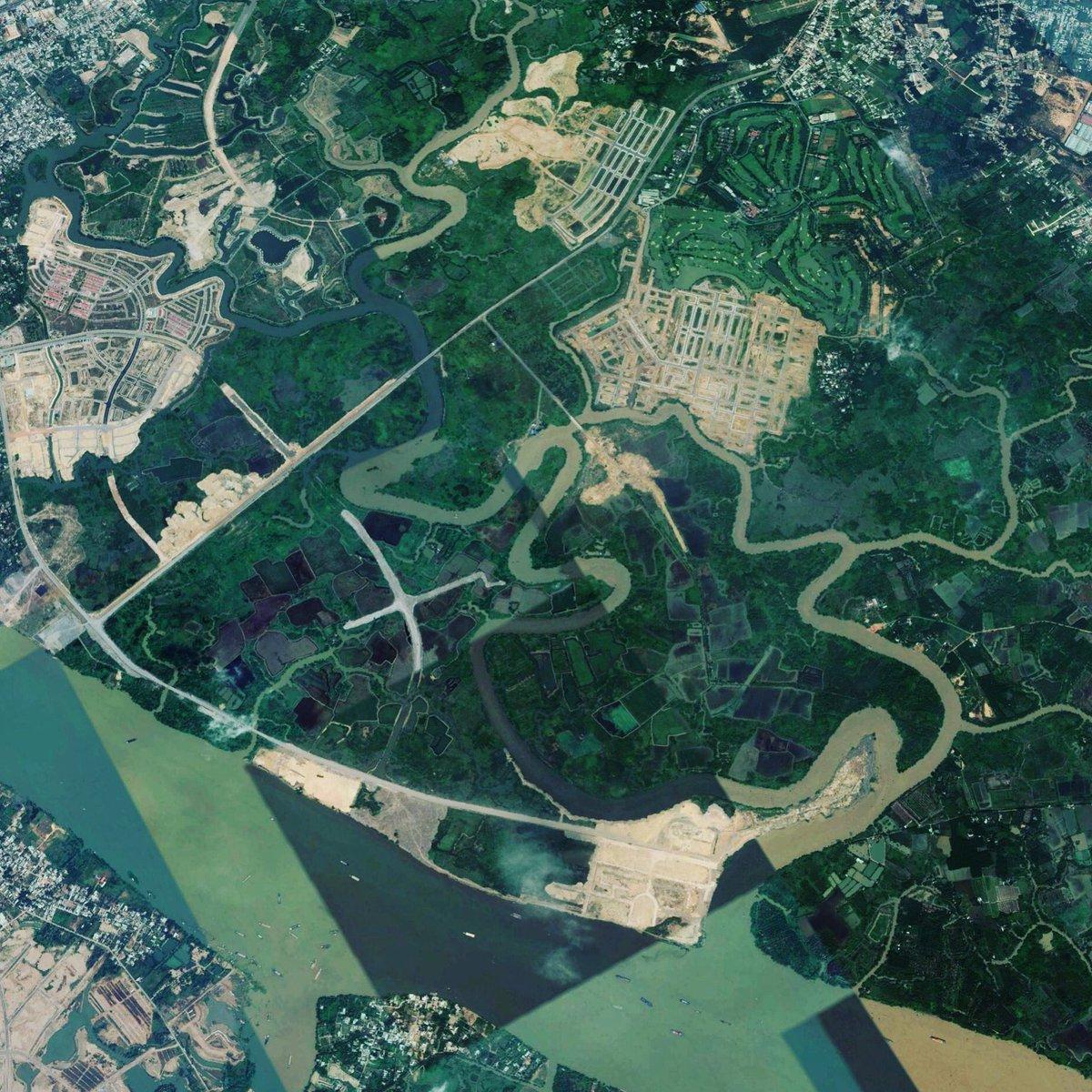 Great location #aquacity #Novaland #realestate #vietnam #riverside #investment #Propertypic.twitter.com/y8W3kCFZgC