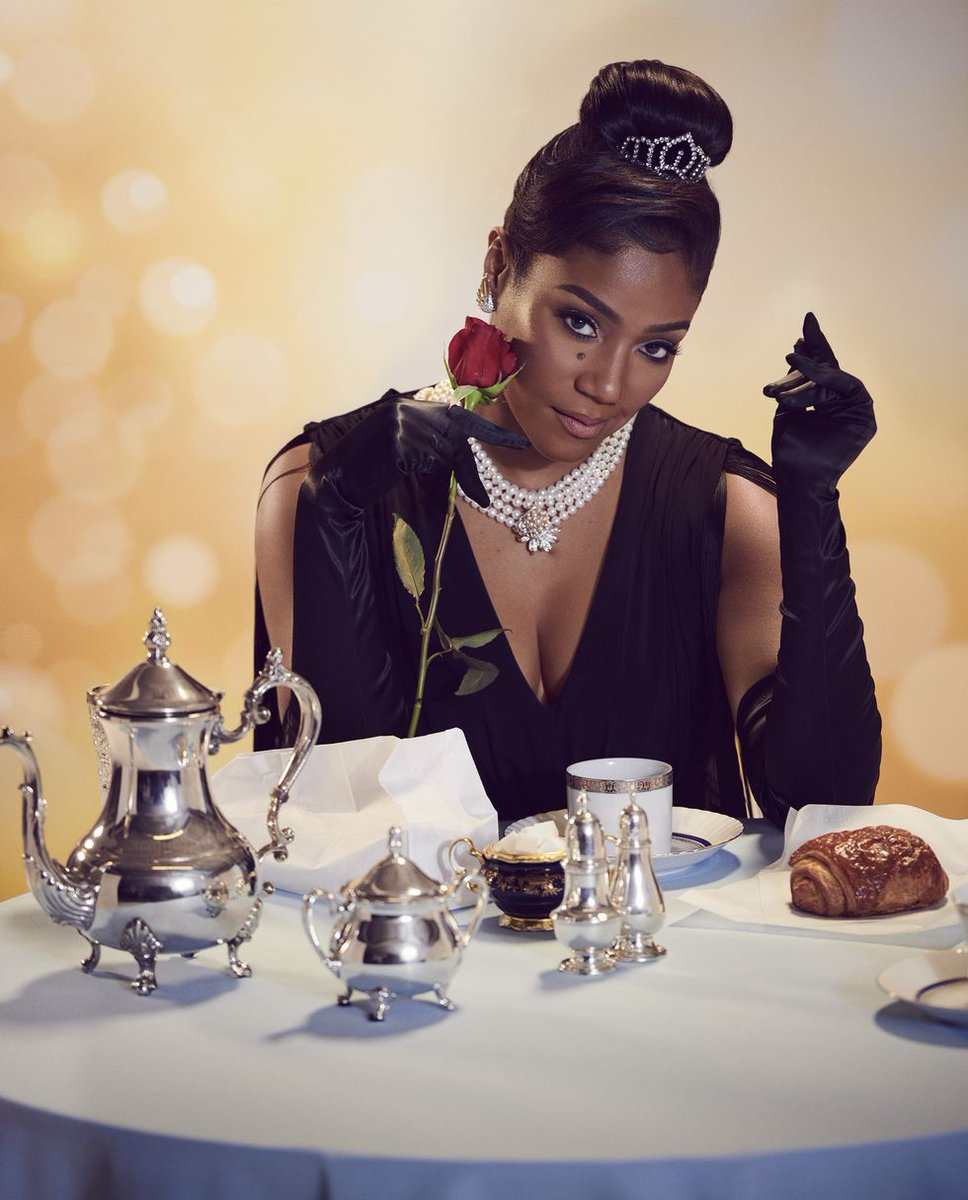 Tiffany Haddish channels Audrey Hepburn for Harper's BAZAAR magazine.  Photographed by Eric Ray Davidson pic.twitter.com/uXlFLiUE1v