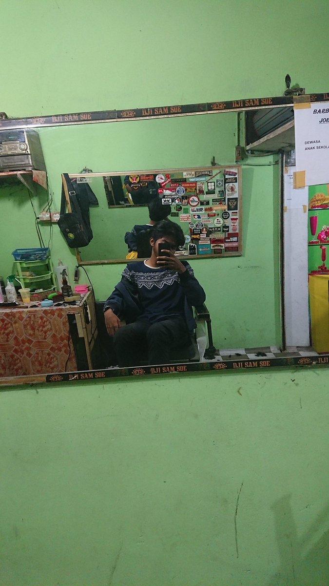 Joehart barbershop Dewasa : 13.000 Anak Sekolah : 10.000 Fasilitas full music dan full speed pic.twitter.com/xrFmVzLAGE