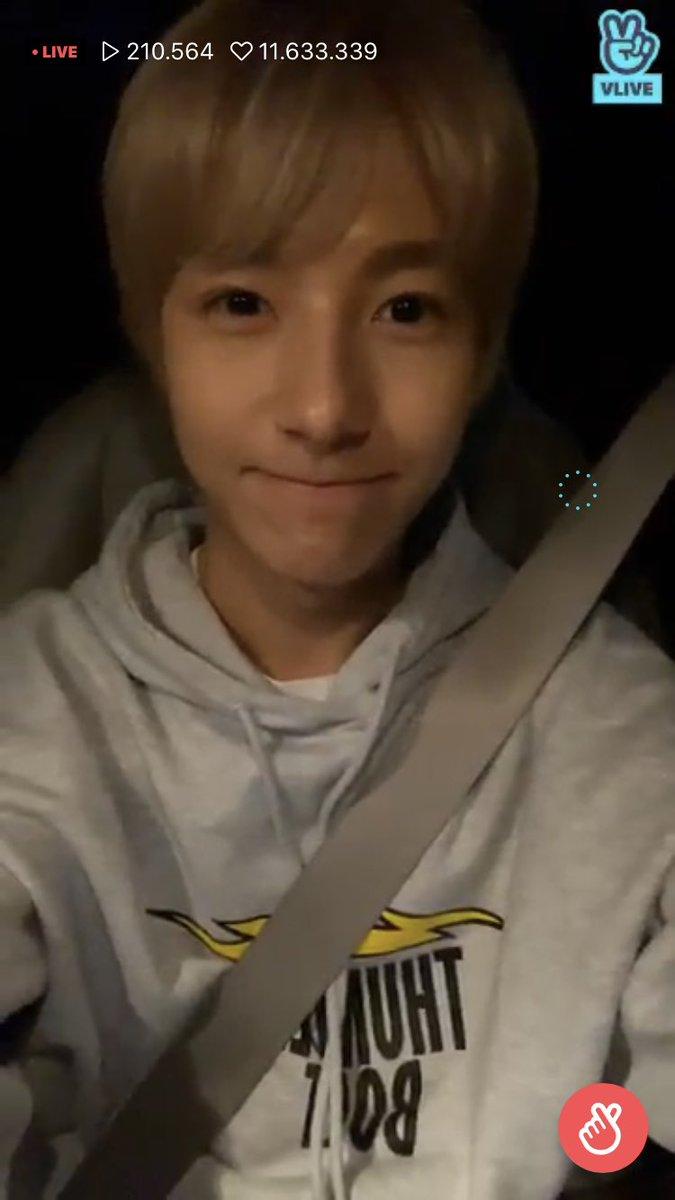 n e ways i love when renjun smiles like this its v v cute >___<<br>http://pic.twitter.com/L2uv7Oxvt8