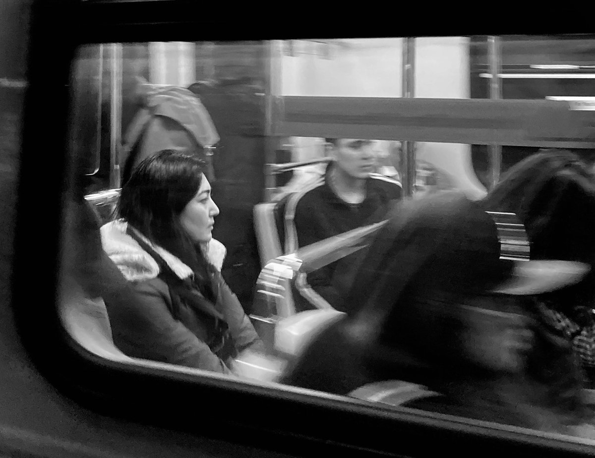 Millenium Line, SkyTrain, Vancouver #photography #streetphotography #streetphotographer #urbanphotography #phonephotography #monochrome #citylife #SPiCollective #life_is_street #timeless_streets #badass_bnw #tdmmag #bnw #travel #bnwphoto #trainpic.twitter.com/t9BDZjyr8T