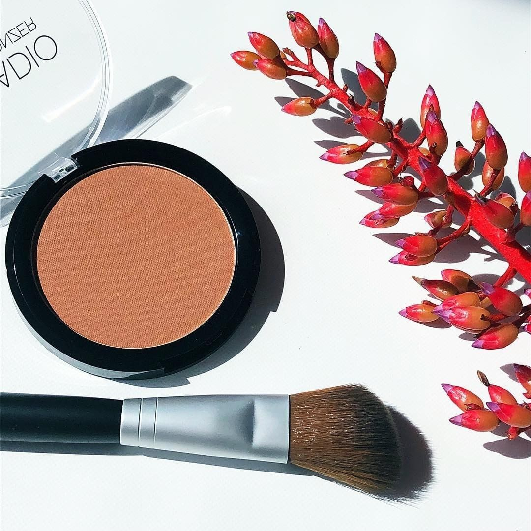 How do you apply your Palladio matte bronzer? We are using this angled contour brush today! - Shop online at   #palladiobeautyindia #beauty #makeup #makeuplove #bronzer #ilovemakeup #bbloggers #brands #ilovemakeup #instabeauty #instapic #instalove