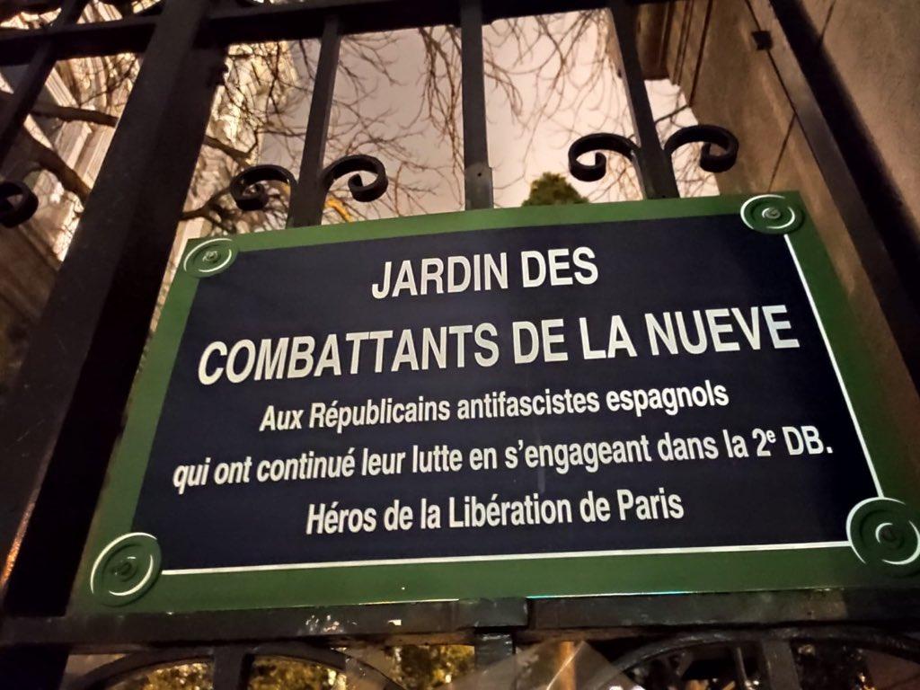RT @AndreaBoyle_: Homenaje a #LaNueve en Paris https://t.co/ARcPXU5DbO
