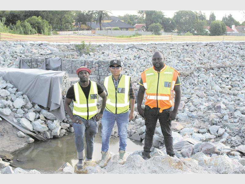 Rain causes delay in Vorna Valley flood-line construction   #Construction #Leads2Business #Business #Tender #Project #Development #Upgrade #Upgrading #Build #Building #ConstructionIndustry #Midrand  #VornaValley