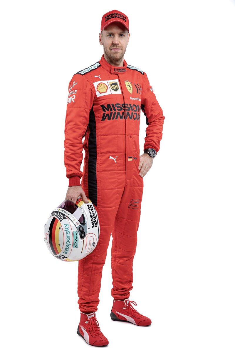 """Turrini rapporte que Ferrari a proposé à Sebastian Vettel une prolongation de contrat.  """"Ferrari a informé Vettel qu'elle était prête à discuter des conditions d'une éventuelle prolongation de contrat. Seb n'est pas contre cette perspective!""""  #F1 #Seb5"""