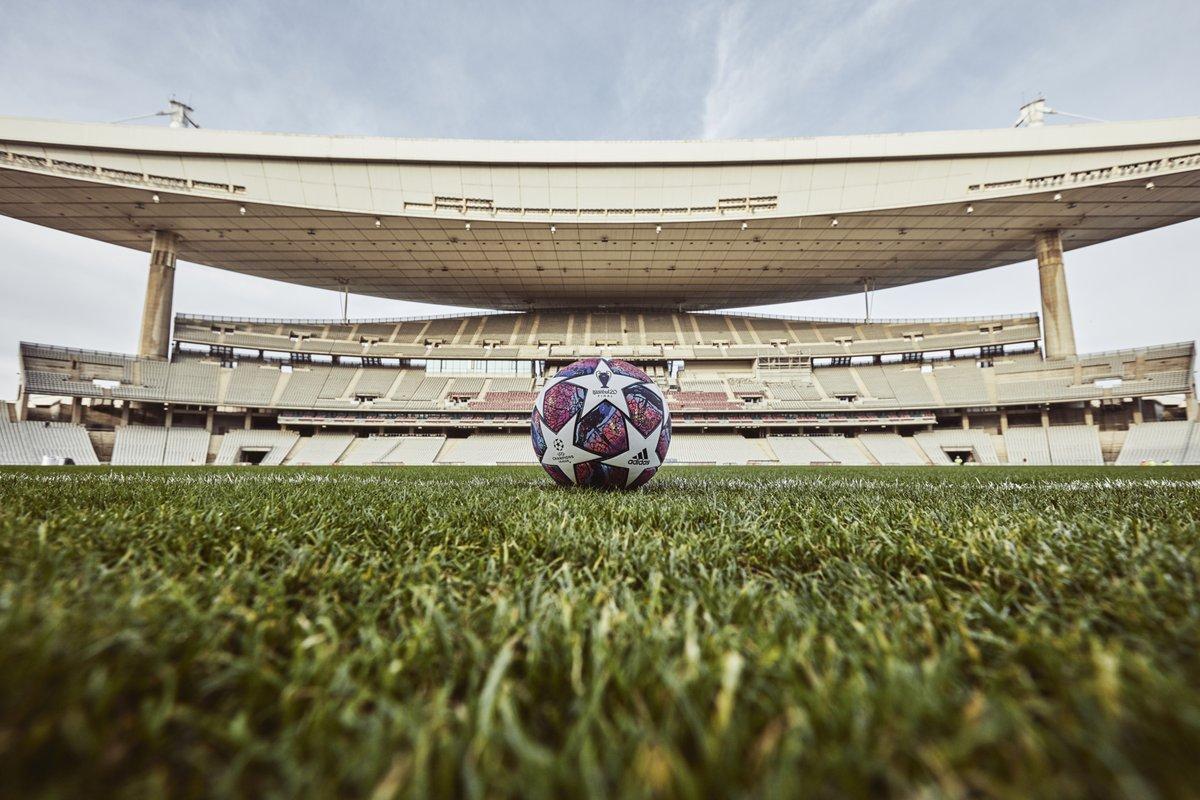 FOTOS | UEFA reveló el balón con el que se disputará la final de la #UCL 🏆 https://bit.ly/39IiFZj