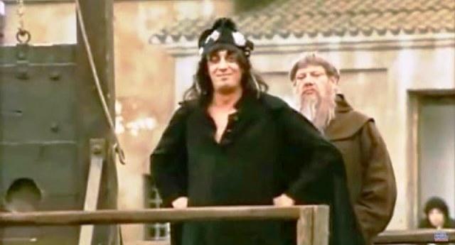 """""""E adesso pure io posso perdonare a chi mi ha fatto male. In primis al Papa,che si crede padrone del Cielo. In secundis,a Napulione,che si crede il padrone della Terra...ma soprattutto,perdono voi,figli miei,che non siete padroni di un cazzo!!!"""" #flaviobuccipic.twitter.com/YFNjXplXVf"""