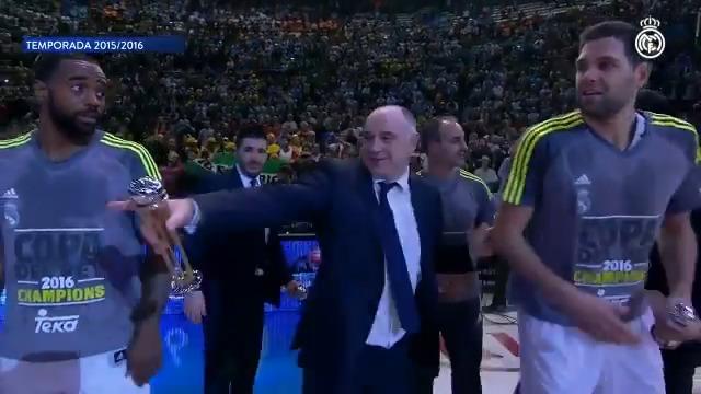 🏀👔🏆 ¡@pablolaso, el entrenador con más Copas del Rey en la era ACB! ¡Ya suma seis! #CAMPEONES28 | #HalaMadrid