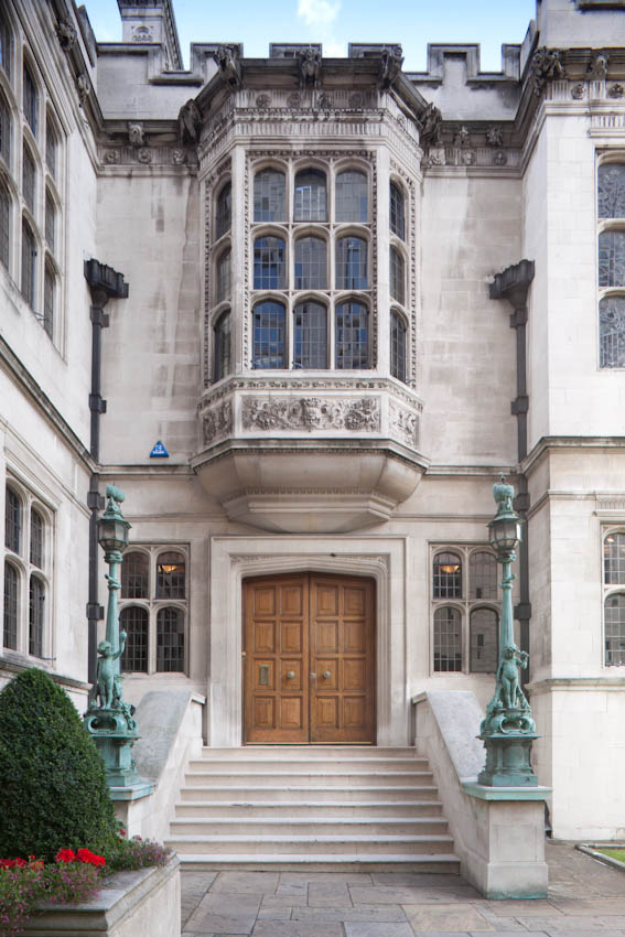 If you join to become a friend of Two Temple Place you gain access to tours and events exclusively for members! Join up through our website today:  #friends #twotempleplace #trips #londonvisits #tours