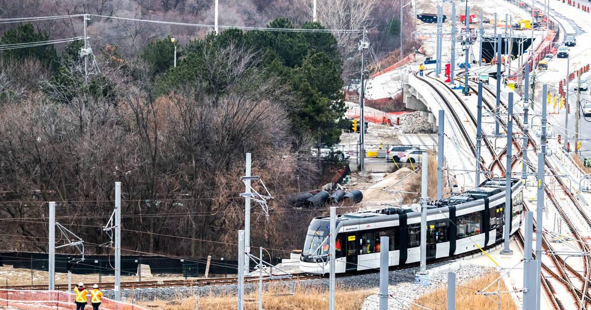 Opening of Eglinton Crosstown LRT delayed until 2022  http:// bit.ly/2HwuHZY     #Toronto <br>http://pic.twitter.com/Q21h9Eu0ov