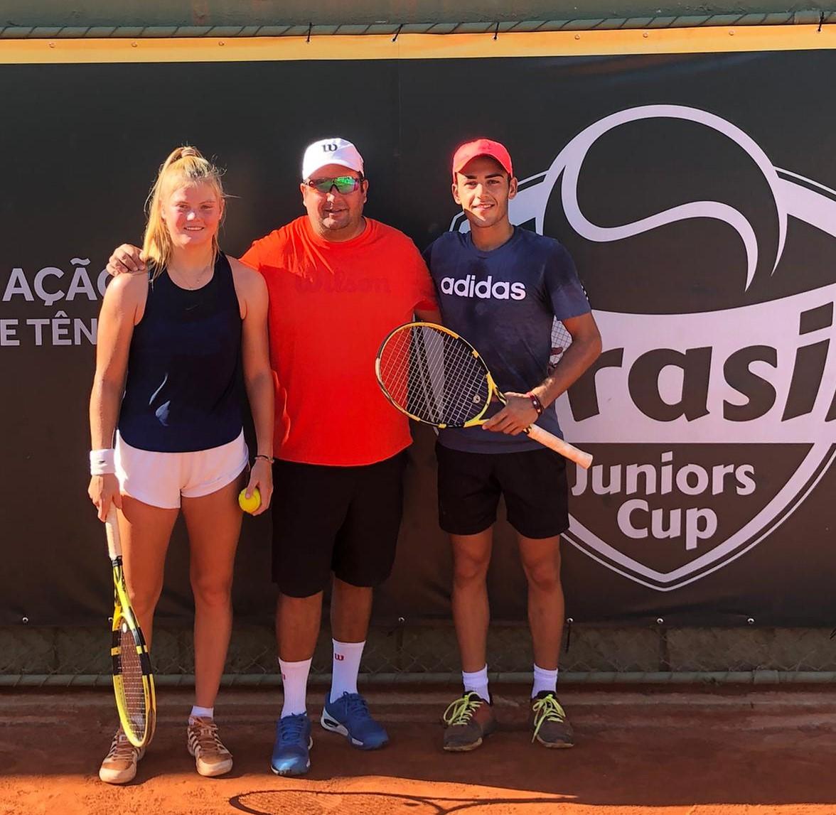 [NOTICIA] @angelguerrero02 entra en el top ITF junior por primera vez en su carrera (puesto 99). @clarine2003 sube hasta el puesto 150, también su mejor ranking. ¡Enhorabuena! http://tgatennis.es/angel-guerrero-y-clarine-lerby-dan-un-salto-de-calidad-en-el-circuito-internacional-junior-en-brasil/… #TGATennis #ITFjuniors #tennisplayers pic.twitter.com/diFyg8bhOs