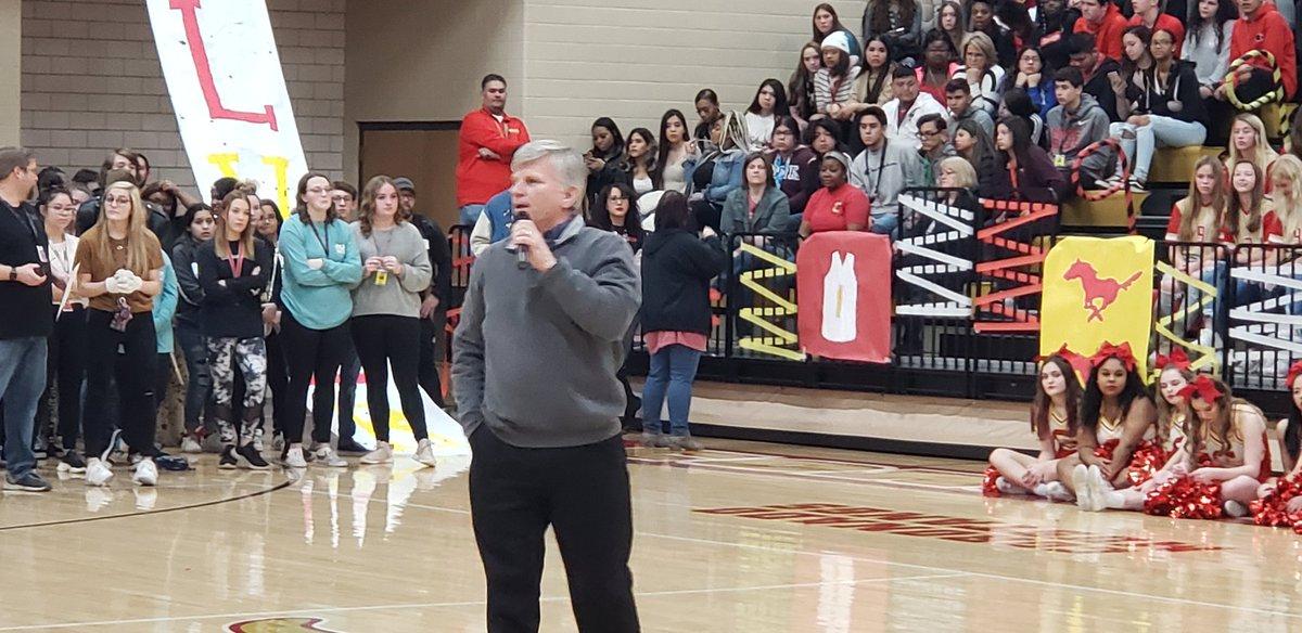 Coach Dean introduces Jarrett Culver... https://t.co/Elfp6DYFl4