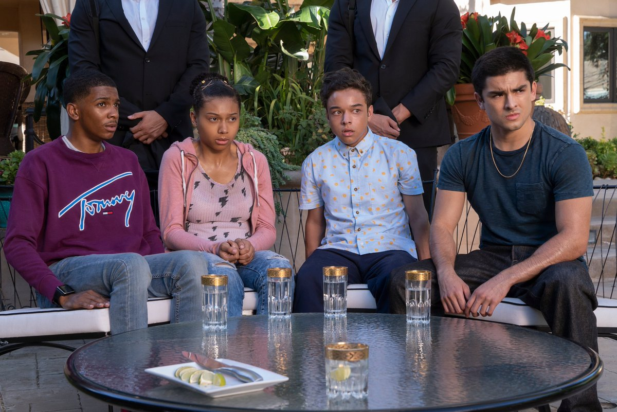 #OnMyBlock Season 3 premieres March 11 — FIRST LOOK:
