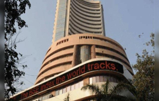Sensex ends below 41,000 after Apple's warning  http:// dlvr.it/RQH2pL     #news #headlines<br>http://pic.twitter.com/FzsNI8h0Sg