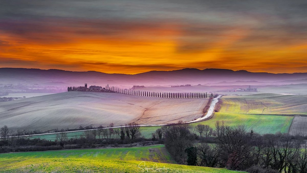 The sunsets in Tuscany - Italy -  Val d'Orcia ...  Stefano Caporali  #photography #art