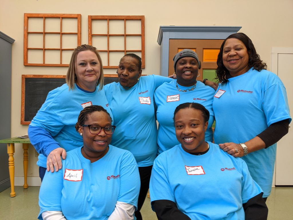 #TBT to when our @methodisthealth  Volunteers visited Memphis Botanic Garden and prepared over 3k eggs for the annual Easter Egg Hunt. We want to thank all the volunteers for their service to the community!   To find your ideal volunteer opportunity visit