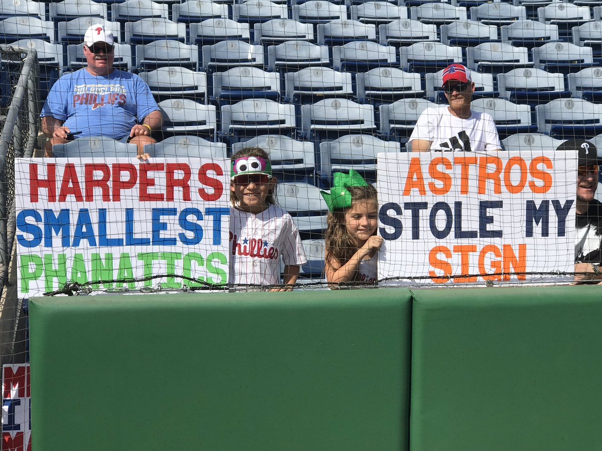 SIGN seen at Phillies spring training today 😂 #AstrosCheated