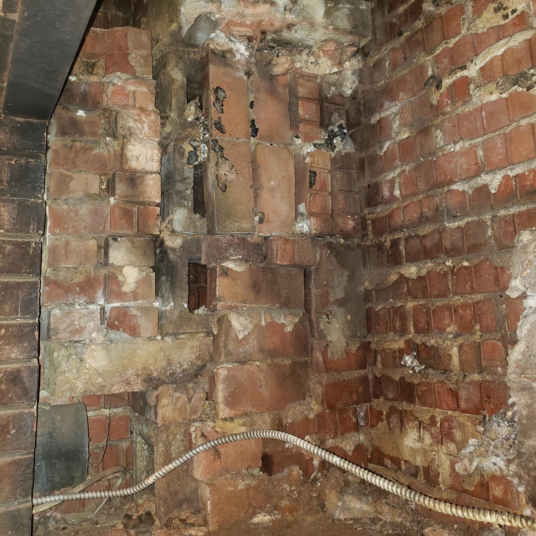 Love your chimney and the memories it holds? Then don't let it fall to pieces, keep it nice a fresh with repairs and yearly cleanings from ! The Licensed and Insured Professional will keep you, your family, and your memories safe! #Safety #Clean #Family